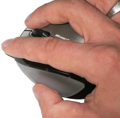 Controlling the Mobile Memory Mouse 8000 is a matter of fingertips, not palms.